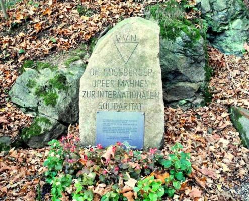 Gedenkstein an der Straße zum Lichtenstein