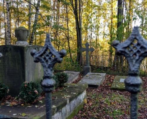 Grablege von Beschwitz in Arnsdorf